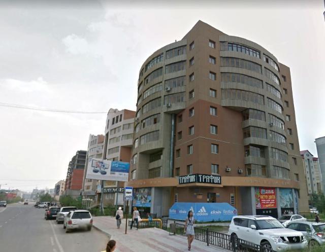 Продается квартира 350 кв.м. 5 этаж, П.Алексеева 19, два санузла, две сауны (финская, турецкая), два автономных газовых котла отопления в квартире. Возможно разделение в дальнейшем на две отдельные квартиры. Торг реальному покупателю!