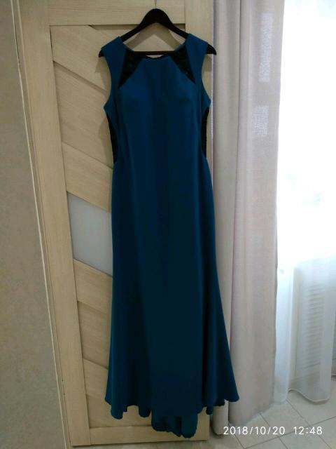 Продам вечернее платье со шлейфом, в отличном состоянии, размер 48, фото по ватсап, цена 1600руб.