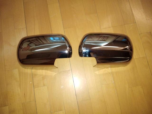 Накладки на зеркала (хромированные) на Suzuki Grand Vitara. Новые. Пишите в ватсап.
