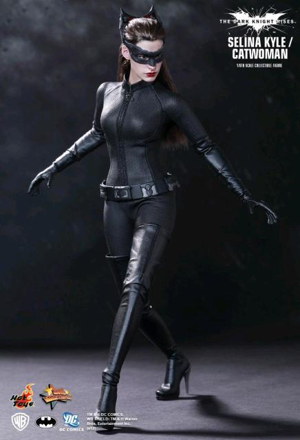 Фигурка Hottoys Catwoman Selina Kyle 1/6 30см В хорошем состоянии С коробкой