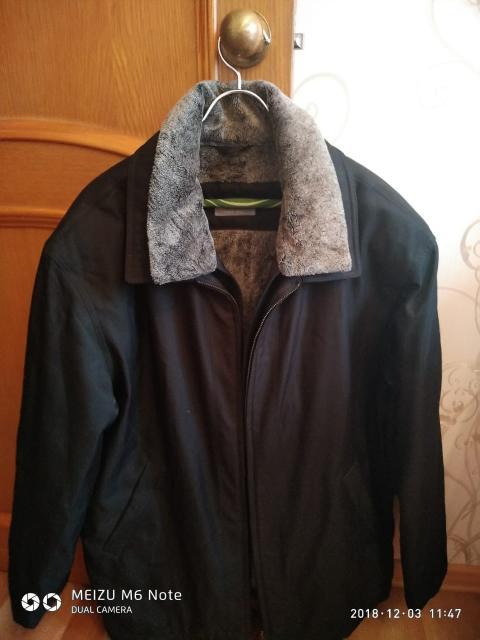 Продам куртку р.54 тел.89141049772