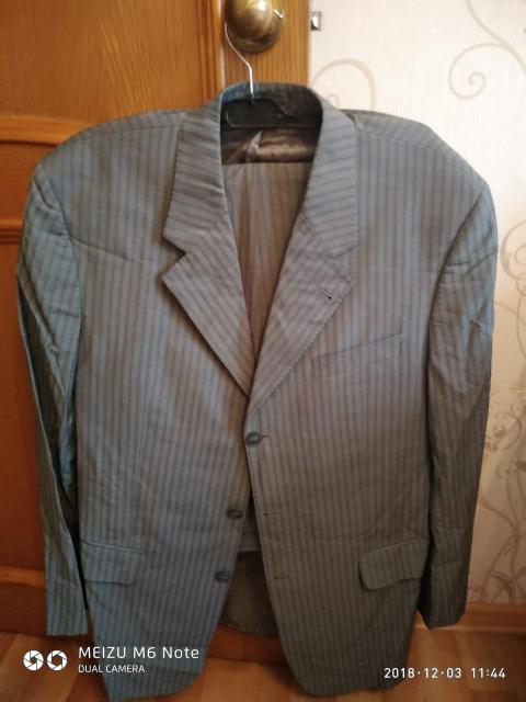 Продам костюм Италия р.56. Тел.89141049772