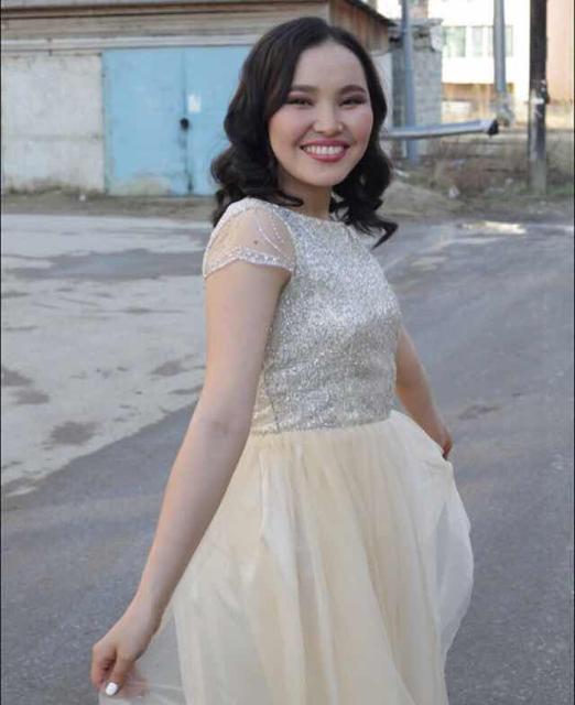 Срочно продаю Платье 44-46 размера от zhannanesterova ватсап 89969156044 причина: нужны деньги