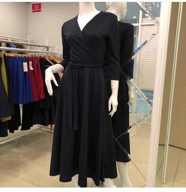 Продаю чёрное платье с люрексом, новое размер 42-44