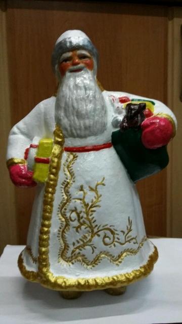 Дед Мороз сделано в СССР, материал прессованные опилки, 50 года прошлого столетия.