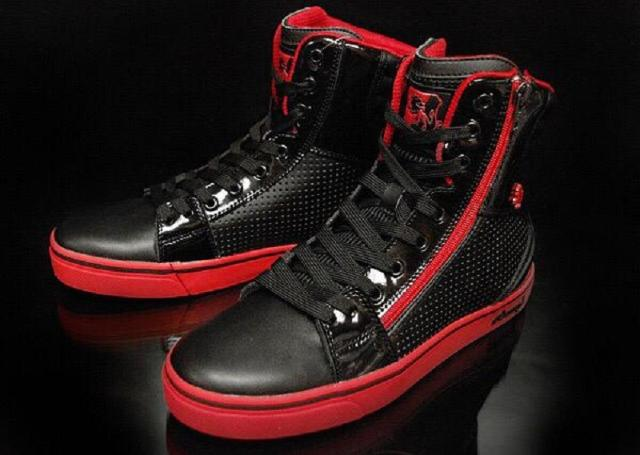 Кроссовки Vlado Famous. Кроссовки и кеды американского брэнда Vladofootwear. Высокие и низкие кеды и кроссовки - легкие, удобные, оригинального дизайна. Подходят для современных танцев, баскетбола, скейтбординга. Опт и розница.
