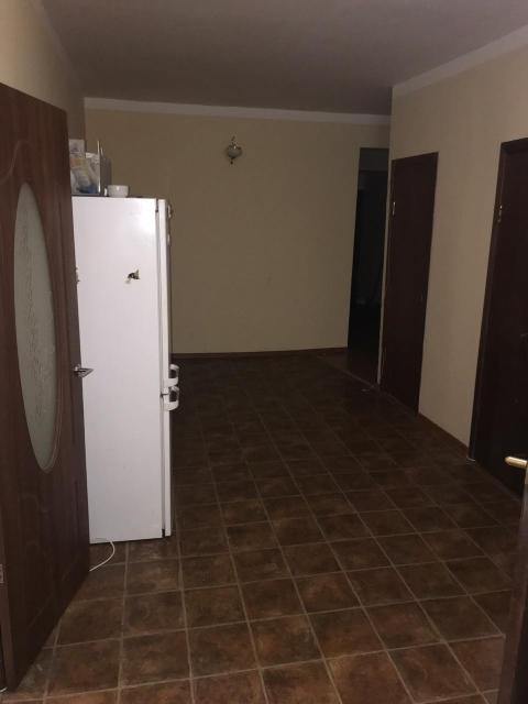 Продается 5-ти комнатная квартира в старом городе.   Только переписка по Ватсапп 89248671515.