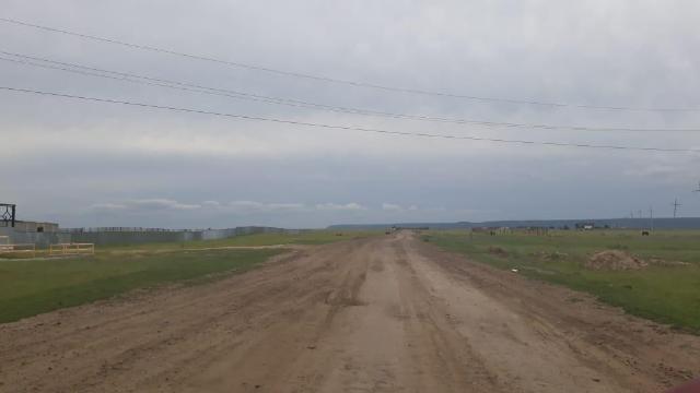 продаю земельный участок 13 соток по покровскому тракту 16 км, земля ровная, сухая, есть возможность подключения свет, газ, рядом соседи, документы в собственности