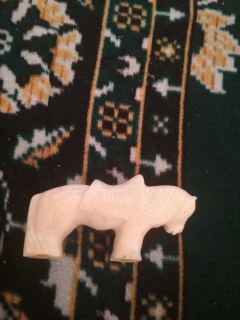 Лошадка из кости мамонта ручная старинная работа