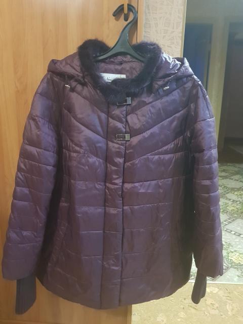 Курточка в отличном состоянии р.48-50