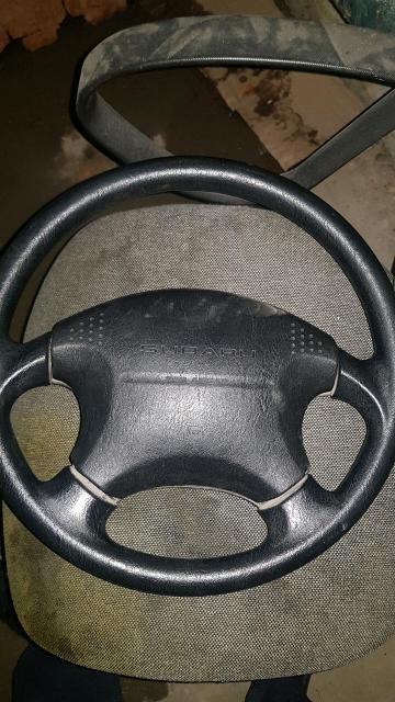 Продам руль от Subaru Forester. Никаких потертостей. Ношу ссобой👍🏼