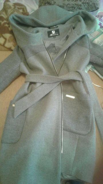 Продам пальто)в хорошем состоянии..доставка..размер xl (46 где то)ватсап