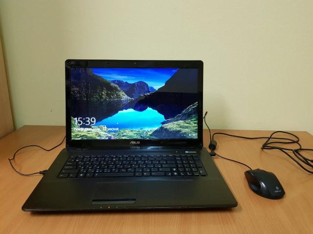 Продам ноутбук в хорошем состоянии, из минусов не держит батарею(работает от блока питания), Экран 17.3 дюйма. Процессор intel core i3 m380 2.63GHz, Озу 4гб ddr3, Видео intel hd graphics, Hdd 500гб, Windows 10, x64 В комплекте зарядник и новая мышь dexp.