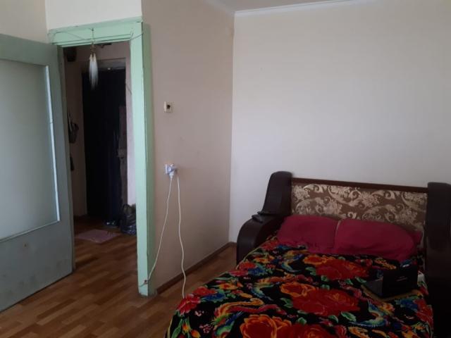В продаже малосемейка БОЛЬШАЯ  29,7 кв.м сторона на 6 этаже  без долгов и обременения, требуется ремонт. Цена привлекательна для клиентов по ипотеке без первоначального взноса, полное сопрововождение сделки