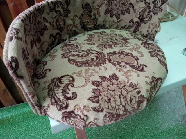 продам диванчик для домашнего любимца не большой породы