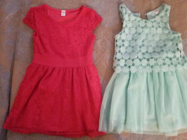 Платья нарядные с 2 лет рост 98 и 104 за две шт 600 рублей можно отдельно
