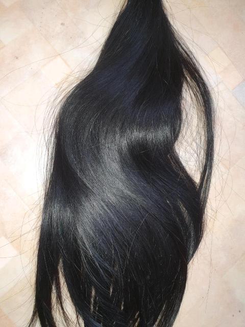 Продам волосы Славянка Люкс.. Питер фабрика Verona. 45 см, 210 капсул. Носила месяц.. В идеальном состоянии. Гладкие и шелковистые. 89241661513