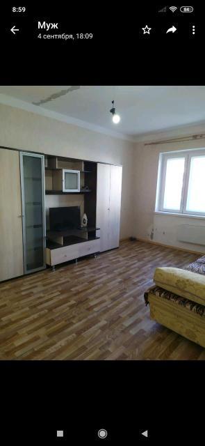 Сдаю 1 комн кв в районе Саха цирк и Ломоносова,мебель,бытовая техника,оплата ежемесячно 23 тыс + счётчики газ,вода,свет