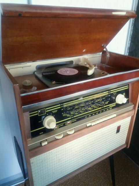 Радиола Ригондо 1965г.вып.