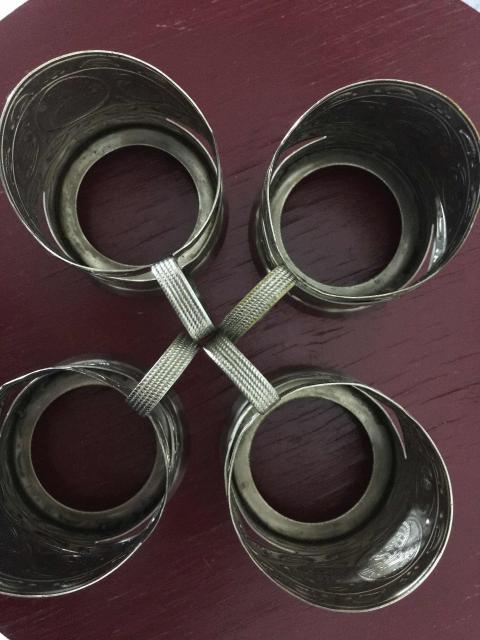 Подстаканники эпохи СССР четыре штуки вместе, цена за всё. Фото сделано перед подачей объявления