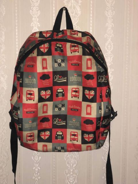 Рюкзак школьный, состояние нового