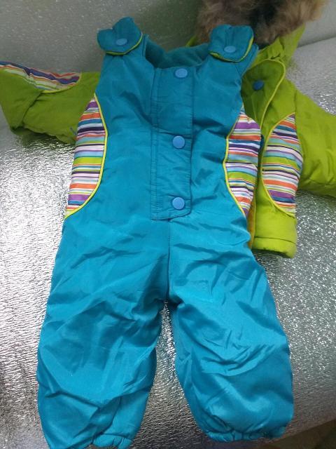 Продаю комбинезон с курткой в хорошем состоянии.на ребёнка примерно 3-7мес.деми