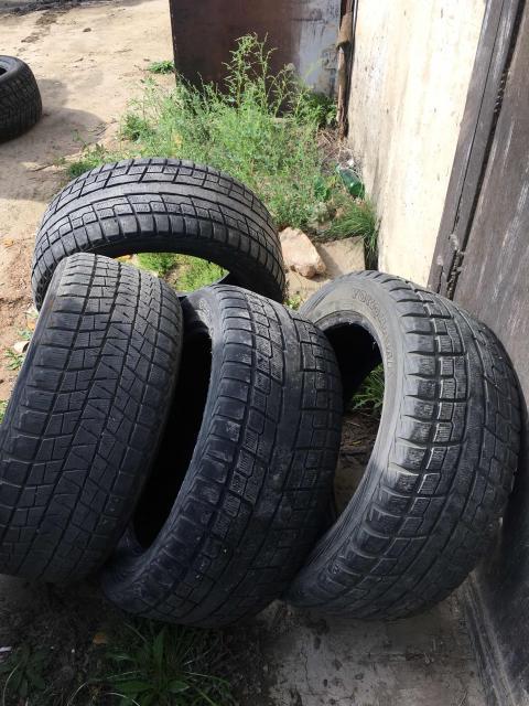 Продам 4шт шины 285/50/20, два остаток Бриджик 80%, два остаток 40% Ёка.   Возможна Продажа по отдельности.