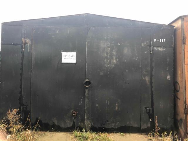 Продаётся гараж металлический утепленный 6,4 на 3,8, высота ворот 2,3 Есть электрическая проводка Земля в аренде с документами Звонить по номеру 8-984-116-59-41