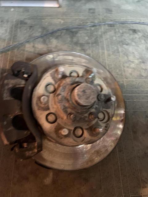 Elgrand 50 terrano 50 Ступица в сборе передняя правая Ступица, Тормозной диск, фланец, заглушка, хаб, колодки. Ступичный подшибник под замену