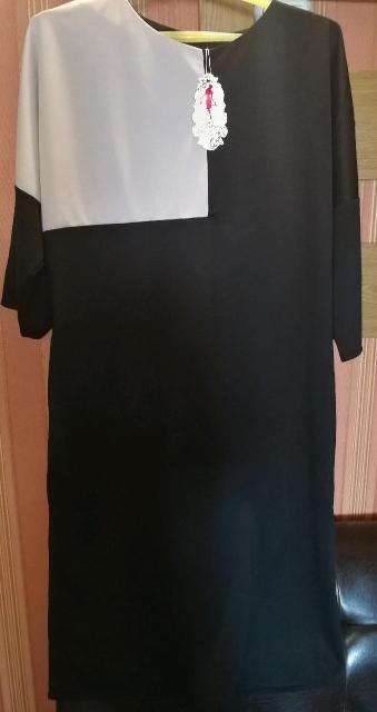 Продаю новое платье, размер 50-52 свободный крой.