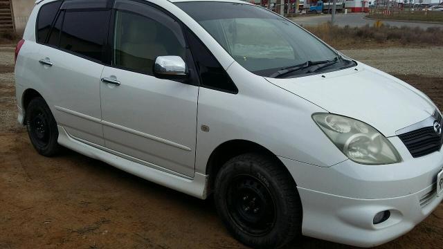 Продам лобовое стекло на Тойота Спасио 120 кузов , Премио - Аллион 240 кузов , Рав 4 2002-2005г