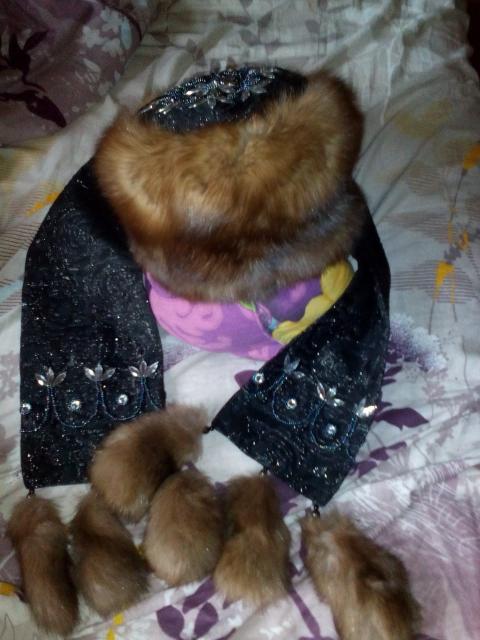 продаю новый комплект из соболя с шарфом размер 58-59 за 7000 рублей. торг