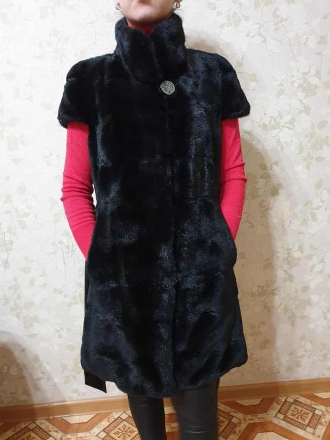 Продаю норковый жилет в идеальном состоянии, красивый мех, размер 42-44