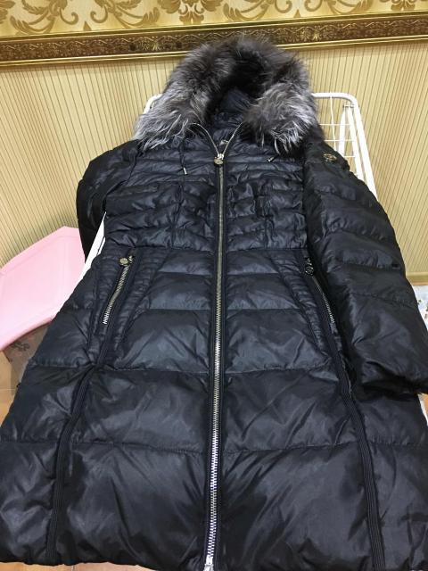 Пуховик женский, размер 44-46. Мех-чернобурка. Б/у в отличном состоянии