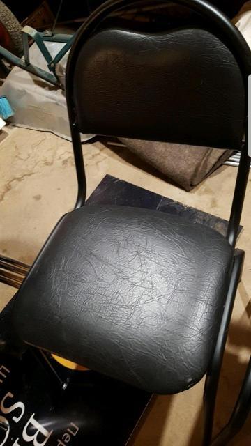 Стул мягкий кожаный