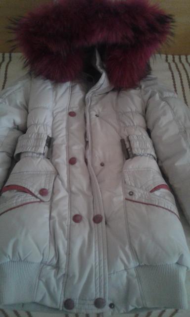 продаю зимный куртка со штанамы для девочек рост от 140-146 ПИШИТЕ СТРОГО В ВАТСАП в отличном состояние