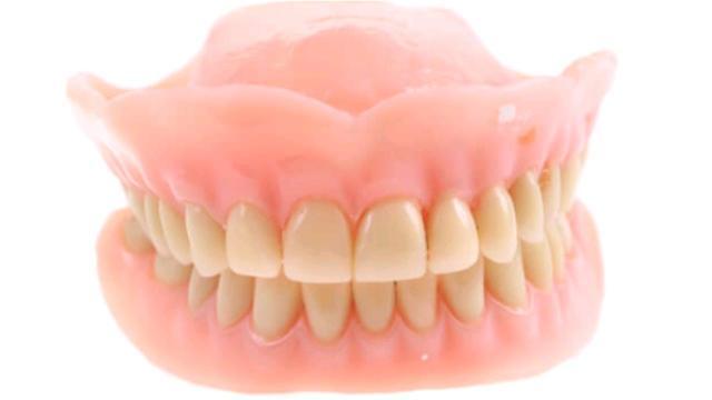 Делаем съёмные (уhуллар) зубные протезы. Недорого.