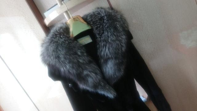Продаю новую канадскую норковую шубу в пол, мех черный бриллиант качество люкс, стриженная ,размер 44-46 . Торг после осмотра, покупателю в подарок дубленка новая