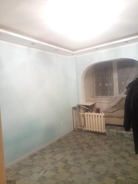 Сдам семье, частично мебелированна, холодильник, плита электрическая. Цена 23000 плюс счетчики