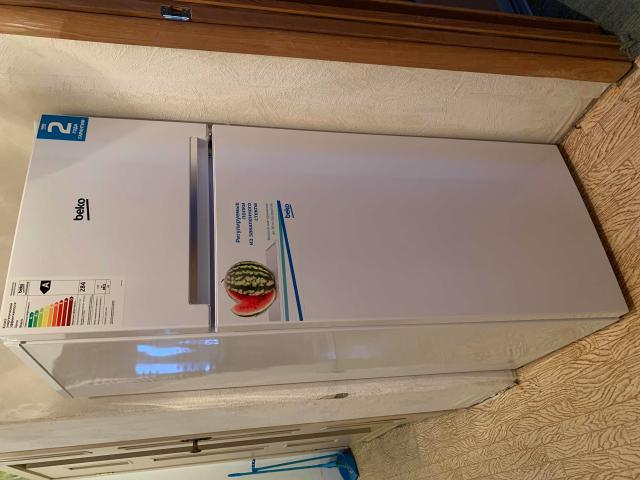 Холодильник БЕКО в идеальном состоянии. Использовали только пол года.