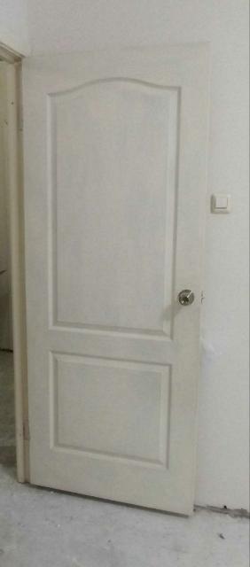 Дверь с глухим полотном. Размер 60.
