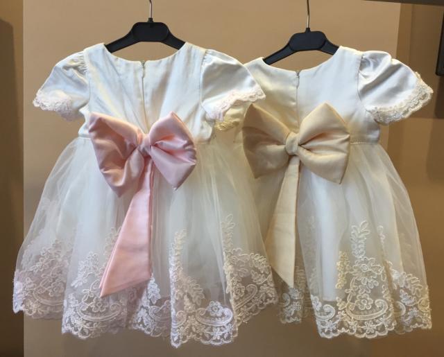 Продаю платье в наличии 2 шт от двойняшек в хорошем состоянии цена за шт 1300