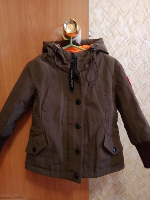 Модная курточка,на 3-3,5 годика.