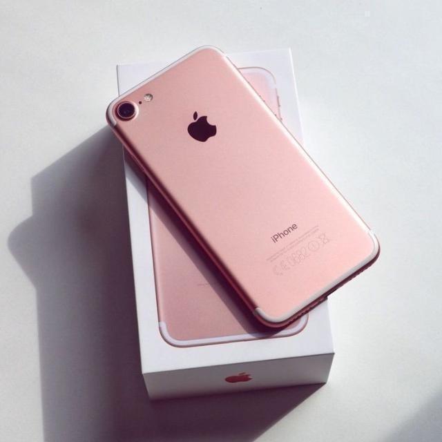 Продаю Iphone 7 Rose gold 128gb, полный комплект Цена 18000р