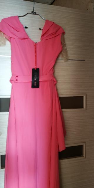 Все платья новые с этикеткой. Размеры 44-48. Цена за все.