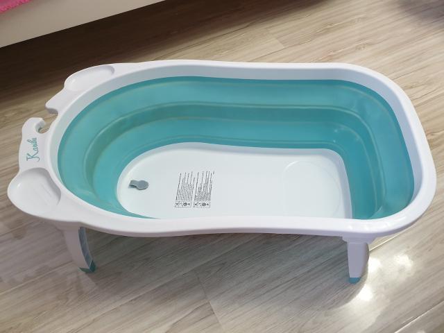 Складная силиконовая ванночка. Экономит место в квартире. БУ