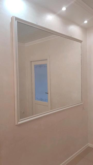 Продаю 2 пары зеркало.Размер 1,54 x1,27 Самовывоз
