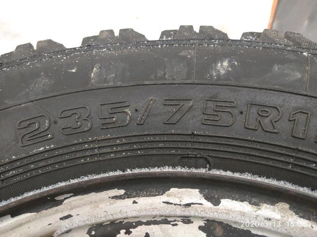 Продаю комплект колёс медведь с дисками от сузуки эскудо.Находится в Покровске К.т 89244698782