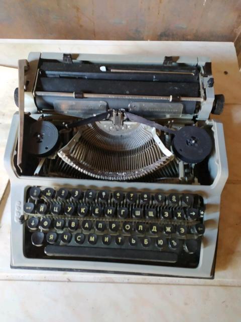 Продам печатную машину в идеальном состоянии (раритет)