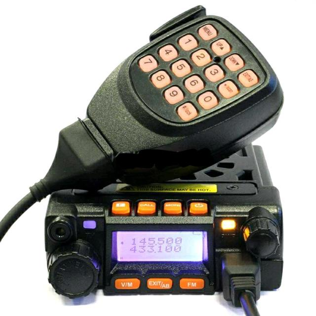 Продам двухдиапазонная автомобильная  радиостанция Kenwood TM-710. Данная радиостанция работает в двух диапазонах: VHF (136-174 МГц) и UHF (400-480 МГц). Главным ее плюсом, в отличие от Си-Би раций, является возможность работы с портативными рациями.   Технические характеристики рации Kenwood TM-710: Частотный диапазон VHF: 136 - 174 MHz (240 - 260 MHz) UHF: 400 - 480 MHz (460 - 520 MHz) Количество каналов 200 Питание 13,8 +/- 15% В Габариты (ШxГxВ) 98 x 118 x 35 мм Вес 408 г Выходная мощность 25 Вт(VHF)/20 Вт(UHF)